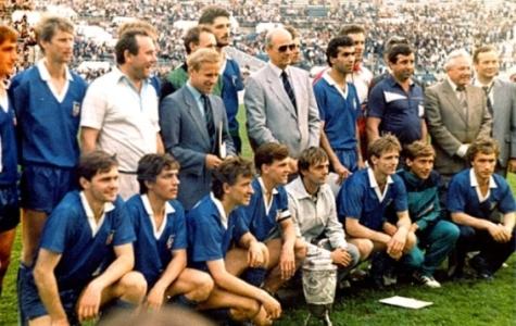 [Изображение: 1988-MX(Cup-USSR-vsya-komanda).jpg]