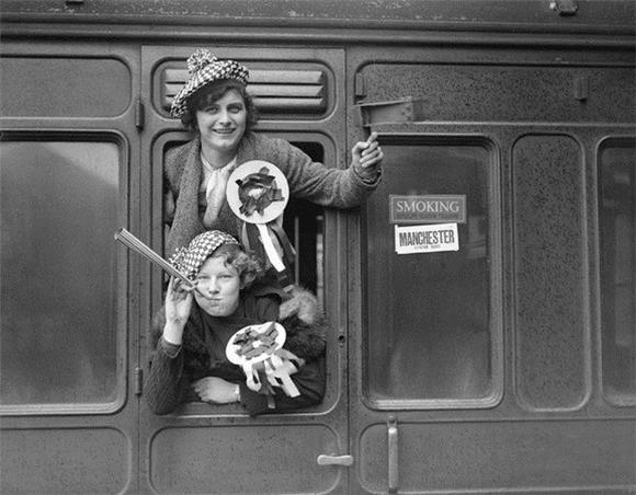 [Изображение: 1935_mc-fans.jpg]